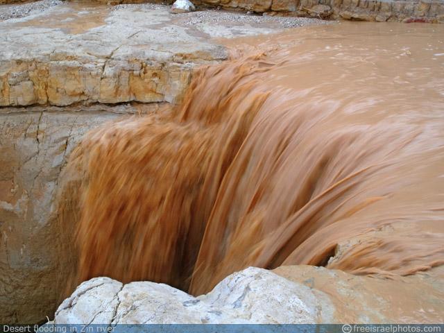 Desert Flooding in Zin
